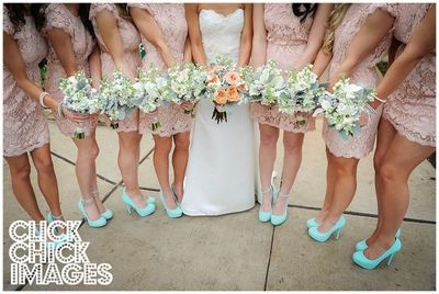 Gorgeous wedding color combo Peach Mint Green Love the b