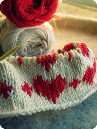 blog- petite tuques by one of your etsy team members. About knitting; patterns too