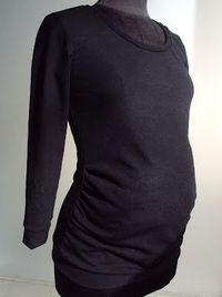 How to Make a Pattern for Jersey Maternity/Pregnancy Tops | via So Zo...
