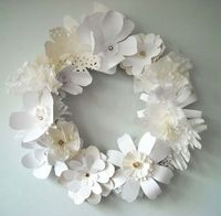 paper flower garland {beautiful} #white