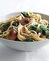 Spinach and mushroom LoMein