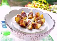 Grilled Peaches & Proscuitto