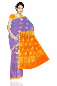 Dazzlingpeacock blue colorgadwal handloom pure silksariwith blouse.This gadval sari has got all over golden zari weaving floral bootis along with zari weaving temple style golden mustard border on either side.And it has zari weaving rose floral designed e...