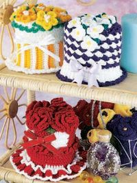 Floral Tissue Roll Covers - these are too stinkin cute!!