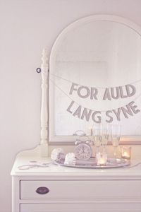 """For auld lang syne"" banner for New Year's"