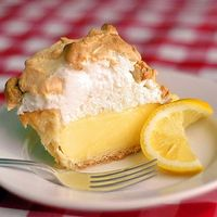 The Very Best Homemade Lemon Meringue Pie - made from scratch the old-fashioned way, just like Grandma used to do. Reminds me of Sunday dinner dessert that you would look forward to all week.