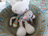 crochet mouse and cat
