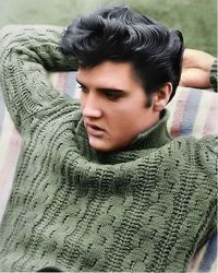 Elvis + Sweater ... mmm
