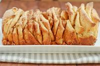 Cinnamon Sugar Pull-Apart Bread by daintychef, via Flickr