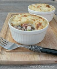 Mashed Potato Pot Pie - perfect for Thanksgiving leftovers or a simple week-night meal with rotisserie chicken