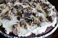 Reeses Pie Recipe - Get into my belly! - SO easy and so good!