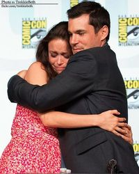 Summer Glau and Sean Maher Firefly reunion at SDCC 2012