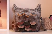 Sleepy Owl Cushion (Free Knitting Pattern)
