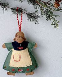 "Posie: Rosy Little Things �€"" Ice Skating Afternoon Ornament Pattern"