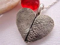 Fingerprint and PawPrint Heart Necklace: Love this!!!